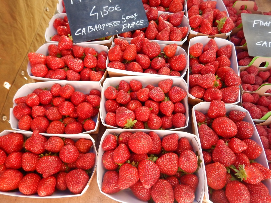 fragrant and delicious strawberries