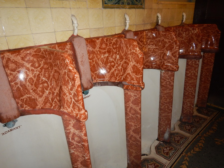 that's marble around the urinals (i didn't take this picture)